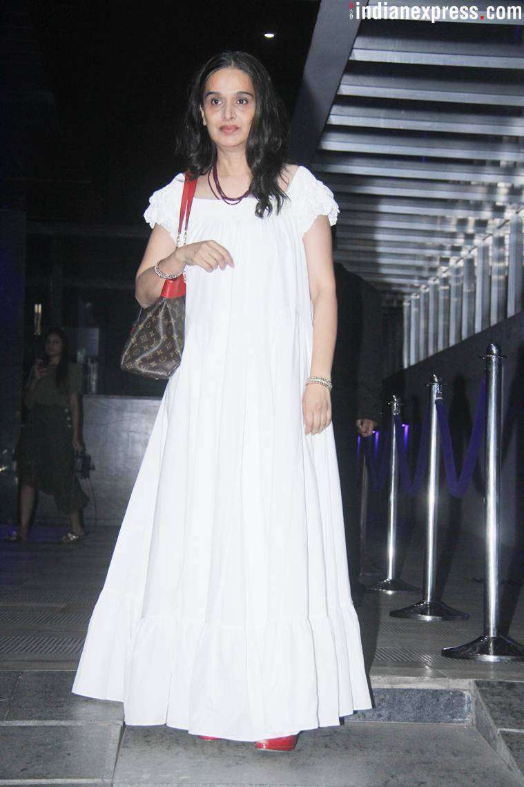 shraddha kapoor mother