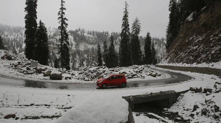 J&K govt declares November 3-4 snowfall natural calamity, enhances relief