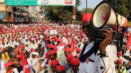 kolkata farmers, farmers protest, farmers long march, PKS, AIKS, Rani Rashmoni Avenue, Indian Express