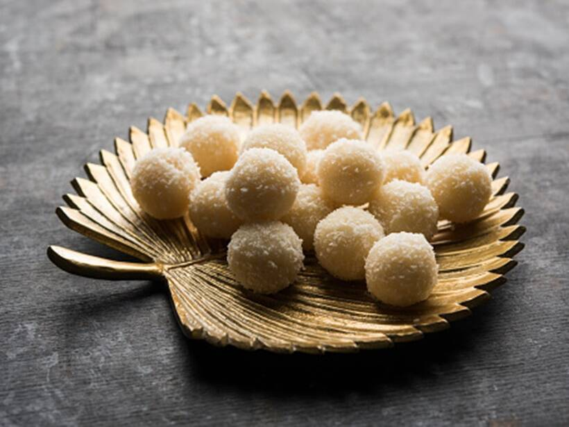 Coconut laddoo recipe