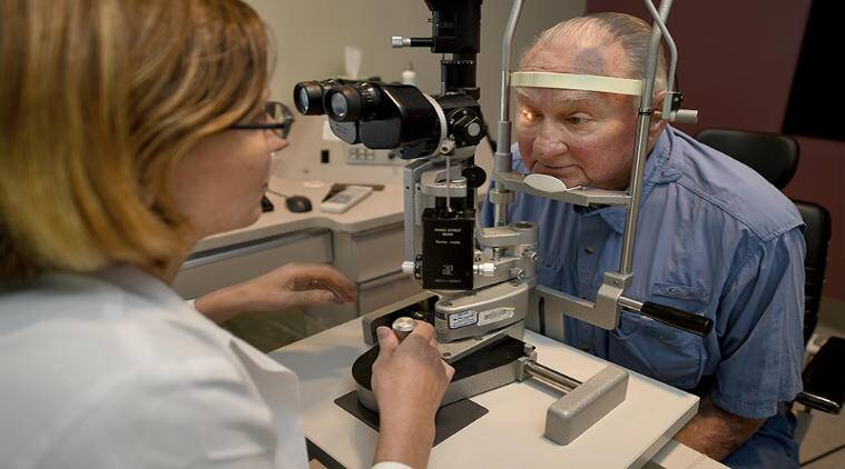 glaucoma, smart device, biofouling, purdue university, glaucoma treatment, biomaterial, microtechnology, glaucoma drainage, implantable glaucoma drainage devices, microactuators, glaucoma eyesight, science, smart device