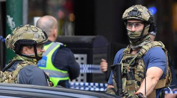 Melbourne police see Islamic State 'inspiration' behind stabbings