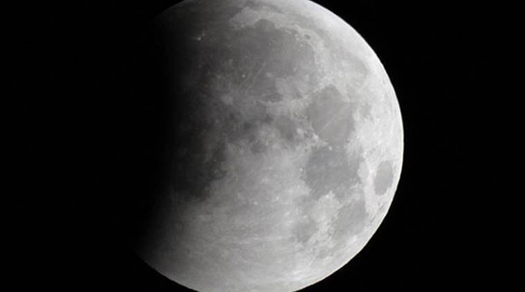 NASA pushing for continuous manned presence on moon 'within 10yrs'