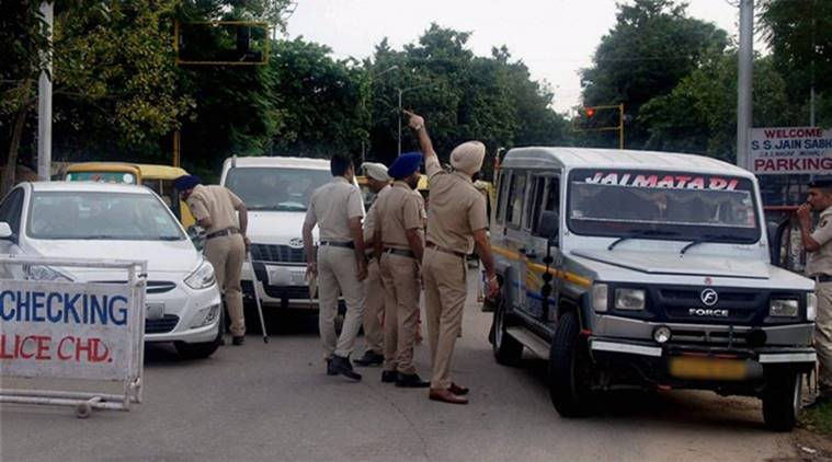 Amritsar SI thrashed, SI thrashed in Amritsar, Amritsar cops dismissed, India news, Indian Express