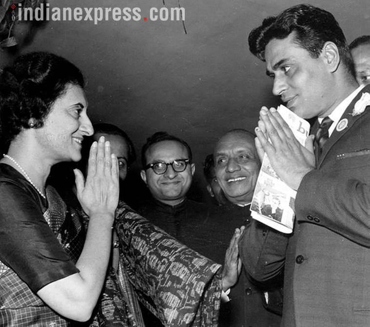 indira gandhi with bollywood actors