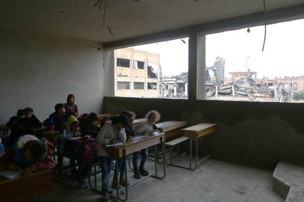 With little aid, Syria's Raqqa struggles to revive schools