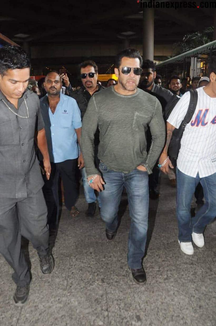 Celeb spotting: Kareena Kapoor, Sunny Leone, Salman Khan and Malaika Arora