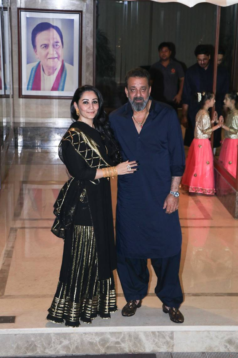 sanjay dutt and manyata dutt diwali party