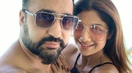Shilpa Shetty, Raj Kundra 9 marriage anniversary beach of Maldives