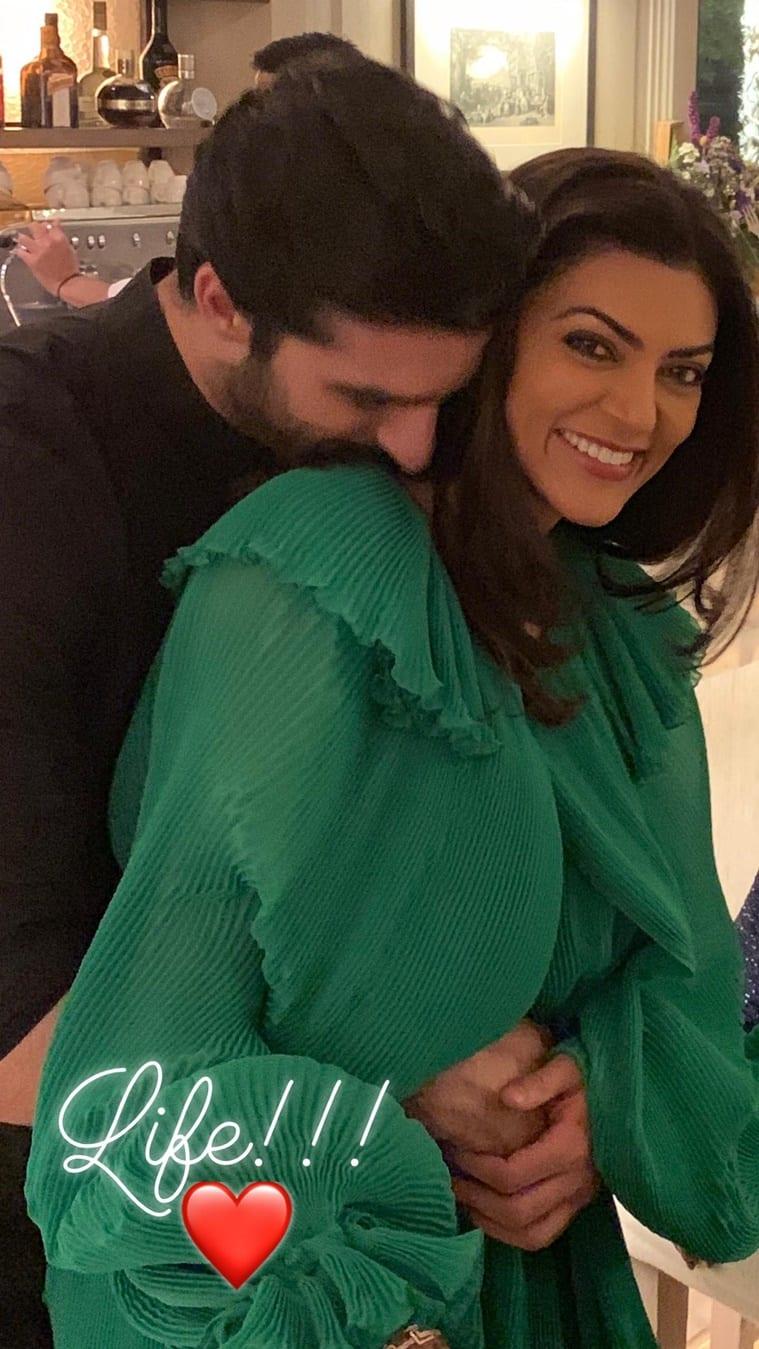 sushmita sen with boyfriend rohman shawl