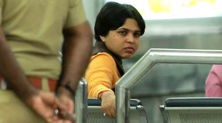 Trupti Desai gets death threat, Trupti Desai threatened, Indurikar Maharaj arrest, Indurikar Maharaj threatens trupti desai, Pune city news, maharashtra news, indian express news