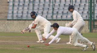 Ranji Trophy: After 408 days and 28 balls, Yuvraj Singh gets off the mark