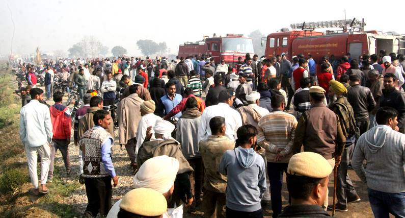 Two trucks set on fire in Haryana after school children's death in accident