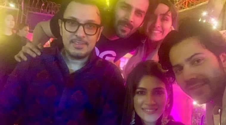 Varun Dhawan, Shraddha Kapoor and Kriti Sanon pose for a selfie with Dinesh Vijan