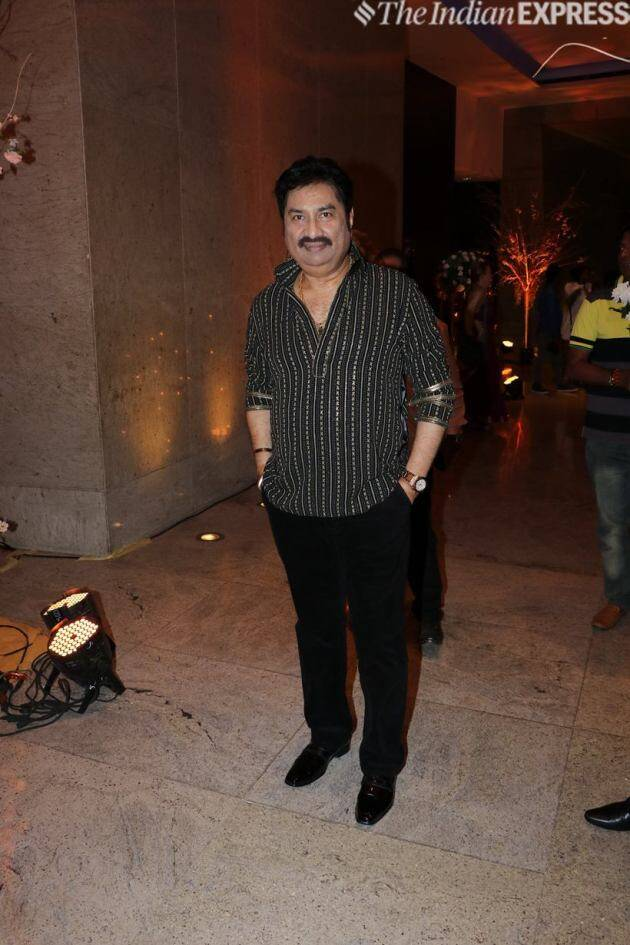 Kumar Sanu at Alka Yagnik reception