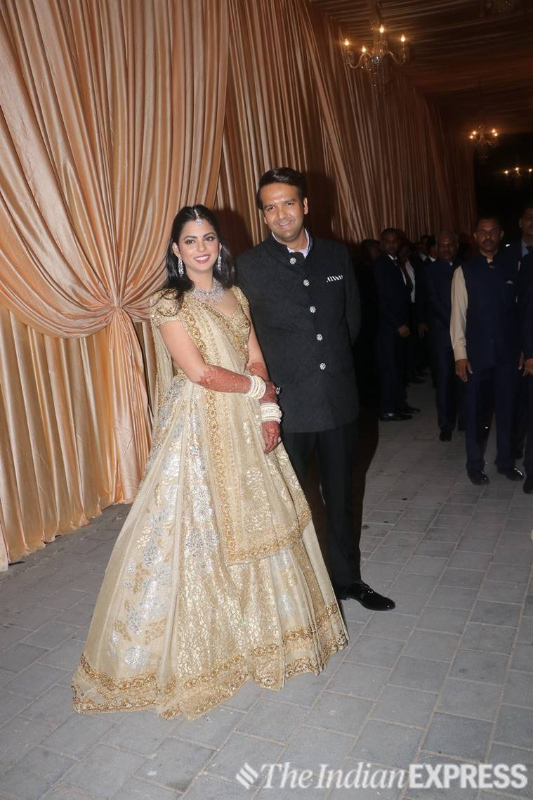 isha ambani, valentino, nita ambani, ambani, ambani wedding, isha ambani wedding, isha ambani wedding date, isha ambani marriage, isha ambani and anand piramal, isha ambani and anand piramal wedding, isha ambani and anand piramal marriage, isha ambani and anand piramal wedding date, anand piramal, anand piramal wedding, isha ambani fiance, isha ambani and anand piramal wedding date, isha ambani and anand piramal wedding venue, mukesh ambani, abu jani sandeep khosla, celeb fashion, indian express, indian express news