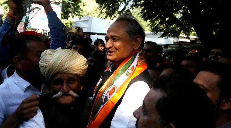 narendra modi, narendra modi in rajasthan, modi in rajasthan, modi in barmer, Chittorgarh, modi in Chittorgarh, barmer, election rallies, congress, rahul gandhi, election news