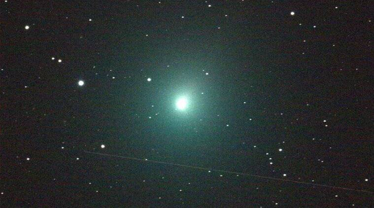 Local Interstellar Cloud, Solar System, Local Bubble, Comets, Comet, Extraterrestrial water, Ice, Flyby, Comet HaleBopp, Halley's Comet, University of Maryland, manager of the Center for Near-Earth Object Studies, California, NASA's Jet Propulsion