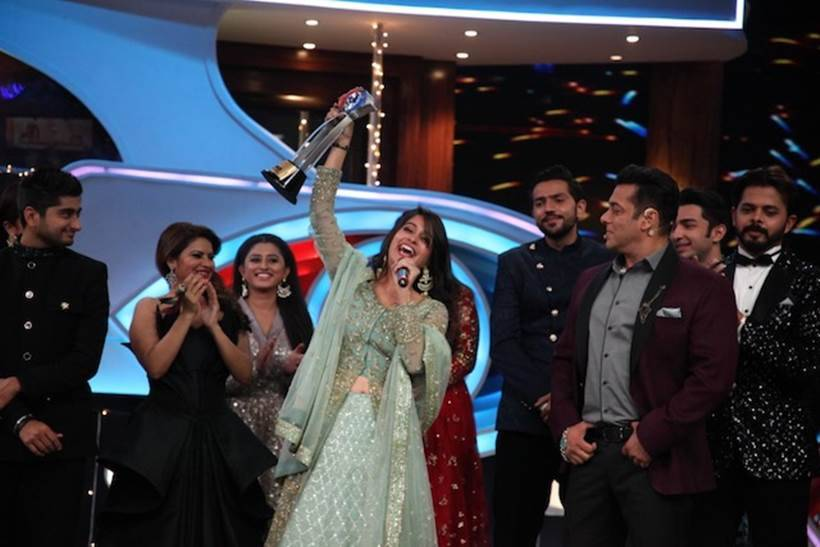 Dipika Kakkar Ibrahim as the winner of COLORS' Bigg Boss 12