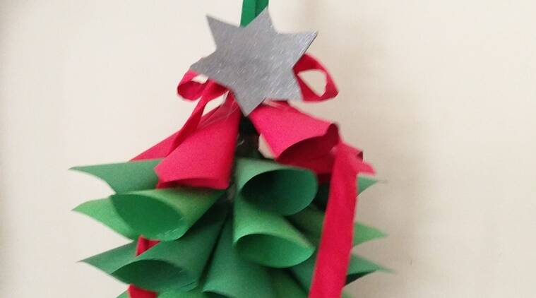 How To Make A Diy Christmas Tree Craft With Your Child Parenting