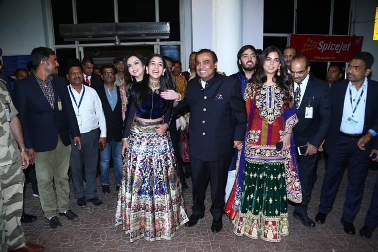 ambani, priyanka nick wedding, priyanka nick wedding jodpur, ambani jodhpur priyanka nick wedding, isha ambani, radhika merchant, nita ambani, mukesh ambani, anant akash ambani jodhpur wedding priyanka chopra nick jonas, ambani style file, indian express, indian express news