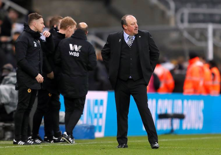 Newcastle United manager Rafael Benitez looks dejected at the end of the match against Wolves