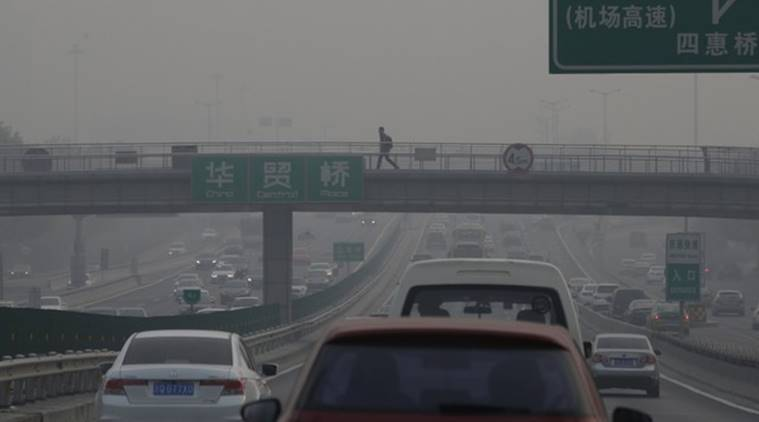 air pollution, china pollution, air pollution alerts, smog, pollution warnings, global news, world news, indian express