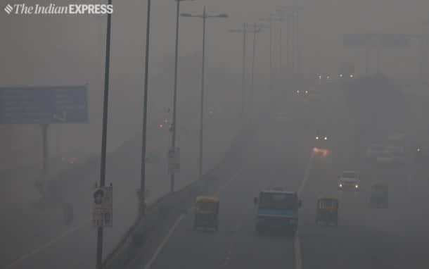 Cold wave intensifies across North India, fog in Delhi delays trains