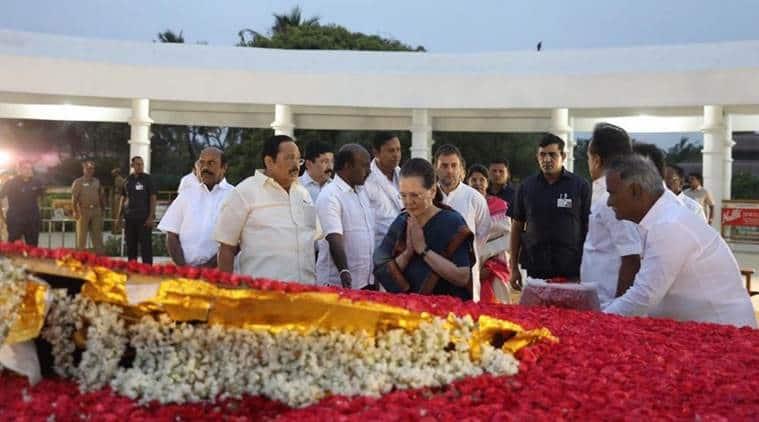 karunanidhi statue, karunanidhi statue unveiled, karunanidhi statue inauguration, opposition leaders in chennai, opposition leaders meeting, grand alliance, rahul gandhi, sonia gandhi, karunanidhi