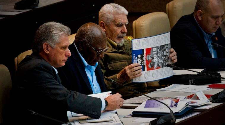 Cuban assembly approves draft of new constitution