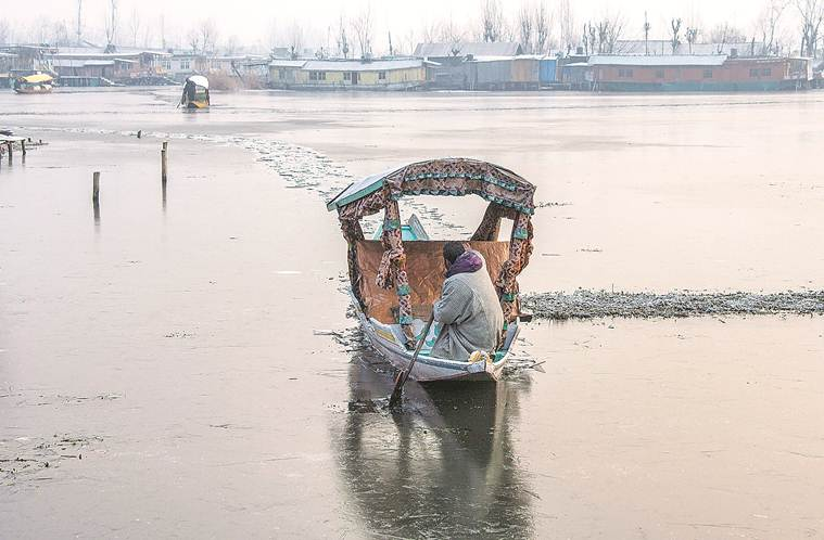 Who will clean Dal Lake? Twitter spat heats up in Srinagar over Army role