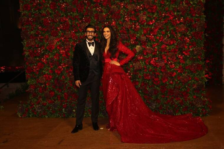 deepika padukone, deepika padukone ranveer singh, ranveer singh, deepika padukone Mumbai reception, ranveer singh Mumbai reception, ranveer singh wedding date, ranveer singh wedding venue, deepika padukone ranveer singh reception, deepika padukone ranveer singh wedding, celeb fashion, bollywood fashion, indian express, indian express news