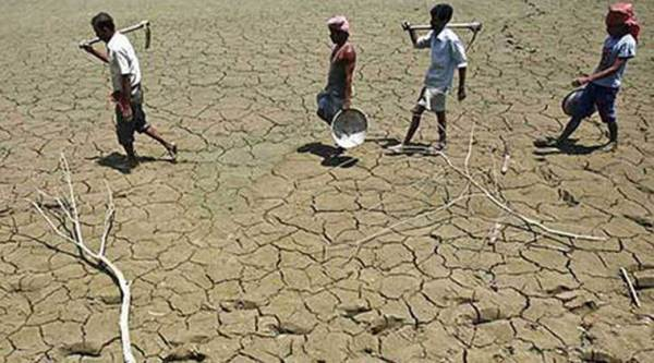 drought, maharashtra drought, maharashtra drought hit areas, ministers visit drought hit areas, indian express