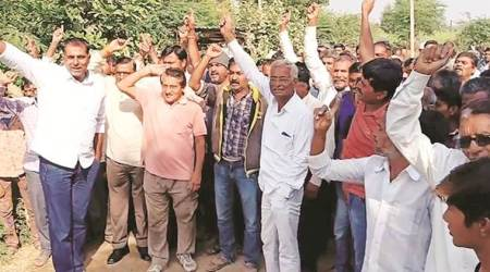 Gujarat: Farmers protest for Narmada water in Patan, 150 detained