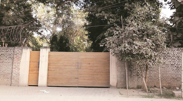 Facing probe by UPA govt, Jignesh Shah's firm rented farmhouse owned by Rahul, Priyanka