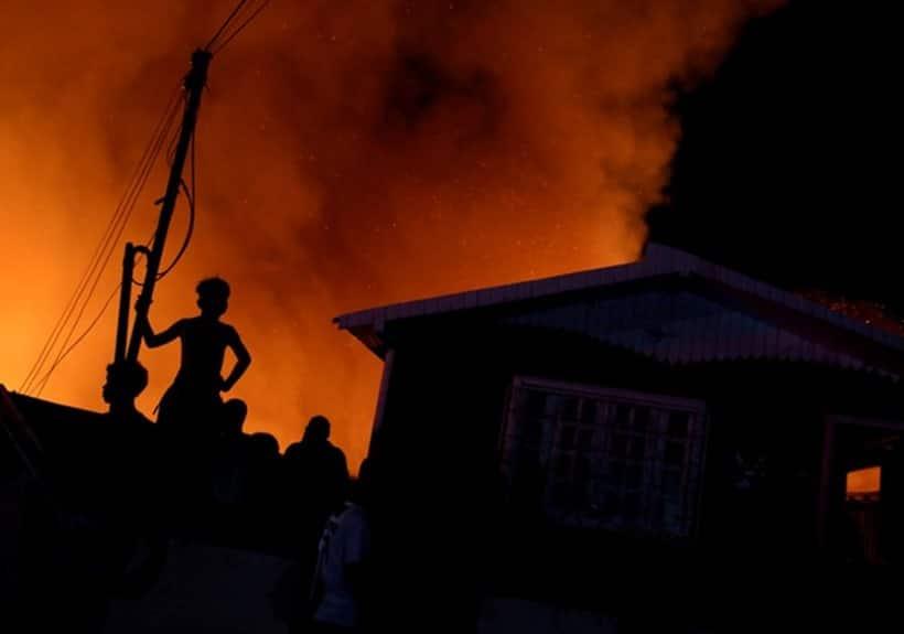Fire engulfs 600 stilt homes in Brazilian city Manaus; thousands flee