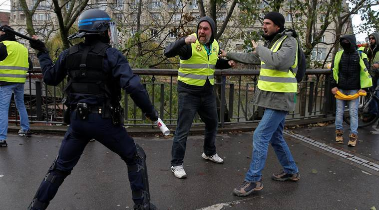 France: Yellow Vest Protester Dies In Road Accident