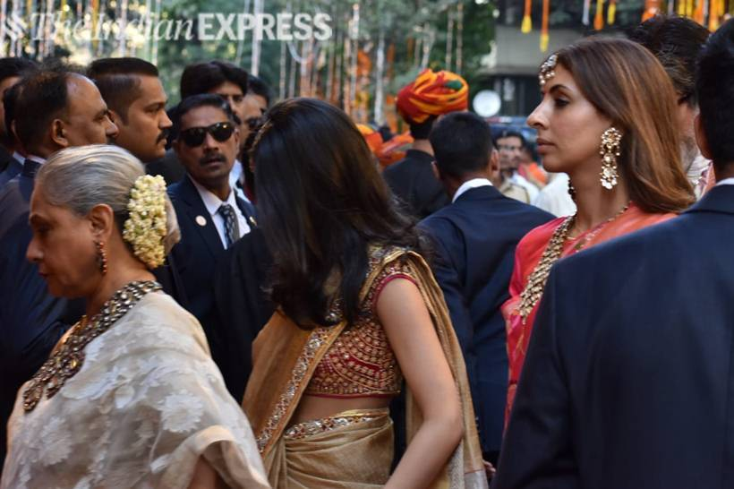 jaya bachchan and shweta bachchan
