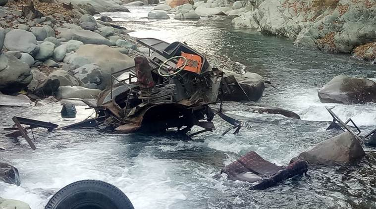 jk accident, jk bus accident, bus accident, bus falls into gorge, jk news, indian express
