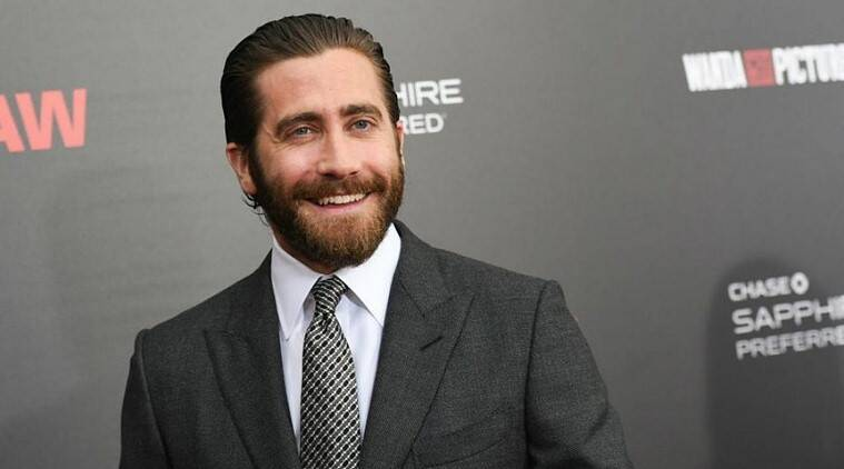 jake gyllenhaal mysterio look spiderman far from home