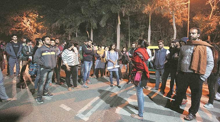 JNU wakes up to 'mandir wahin banega' slogans