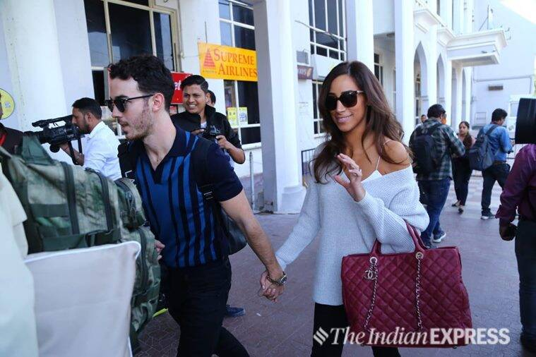 kevin jonas and wife