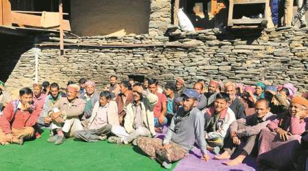 Stop right here, kullu, bus drivers, caste system