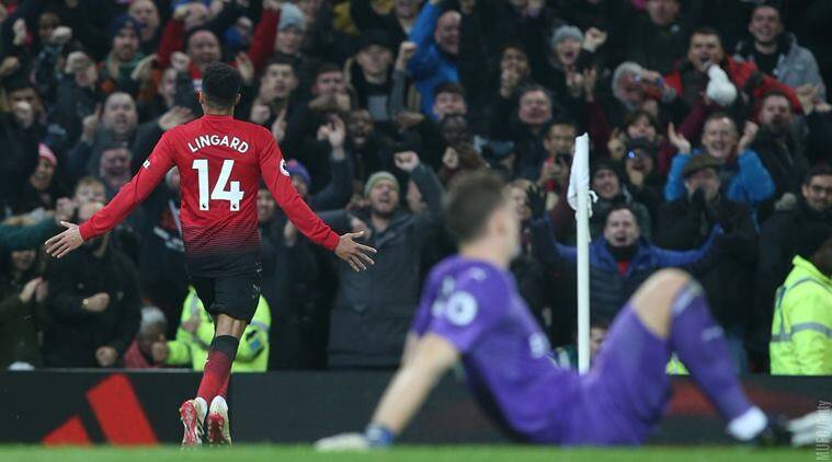 Manchester United Tried The Not A Cell Phone Is Sight Meme But It Went Very Wrong Trending News The Indian Express