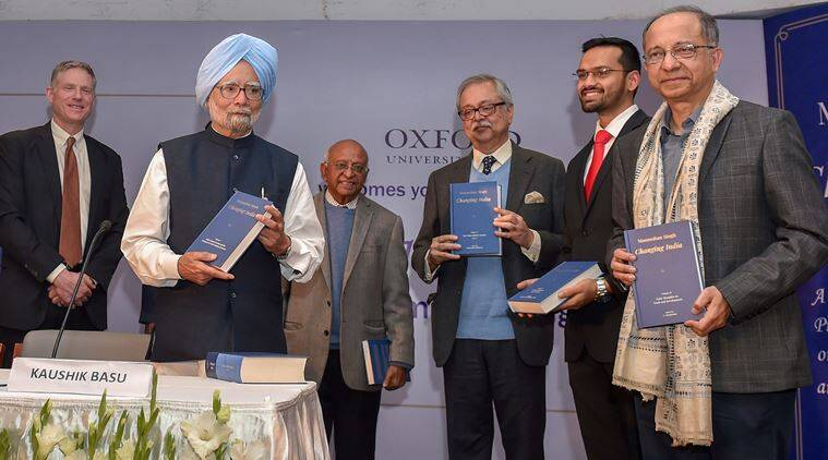 Manmohan singh, former prime minister, silent prime minister, manmohan singh on rbi vs centre. rbi vs centre, manmohan singh on loan waiver, loan waiver by congress government, on book launch, changing india, indian express
