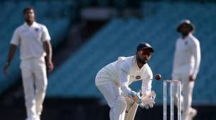 Learnt a lot from 'hero of the country' MS Dhoni, says Rishabh Pant after breaking record