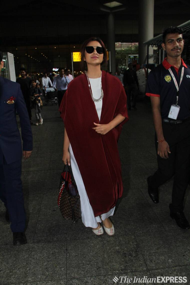 Kangana Ranaut, Kareena Kapoor Khan, Parineeti Chopra, Priyanka Chopra, Kangana Ranaut airport fashion, Kareena Kapoor khan airport fashion, kareena kapoor airport fashion, masala awards 2018, Parineeti Chopra airport fashion, bollywood airport fashion, celeb fashion, bollywood fashion, latest airport fashion, indian express, indian express news