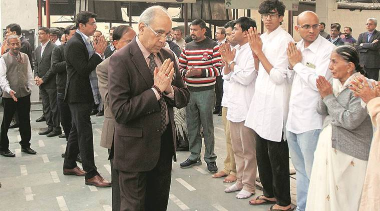 PMO officer who worked with several Gujarat CMs dies