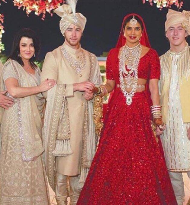 Priyanka Chopra, Priyanka Chopra photos, Priyanka Chopra latest, Priyanka Chopra style, Priyanka Chopra fashion, celeb fashion, bollywood fashion, indian express, indian express news