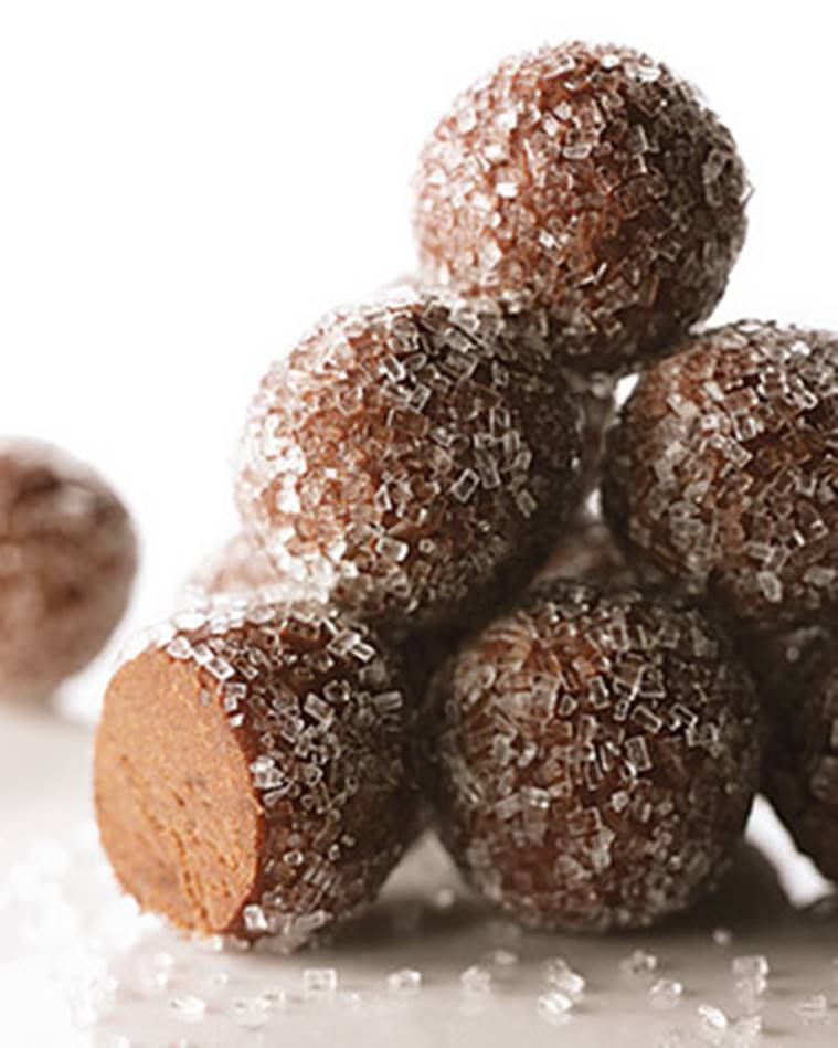 boozy recipes, christmas dessert recipes with alcohol, christmas 2018, christmas recipes 2018, christmas boozy desserts 2018, dessert alcohol based, chocolate mousse recipe, chocolate mousse with alcohol, indian express, indian express news